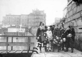 """""""Father Christmas arriving at the Victoria causeway."""" [1917]. Image B-07233/RBCM&A"""